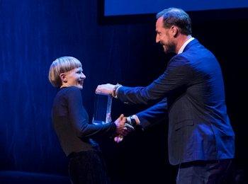Jenny Hval Książę Haakon